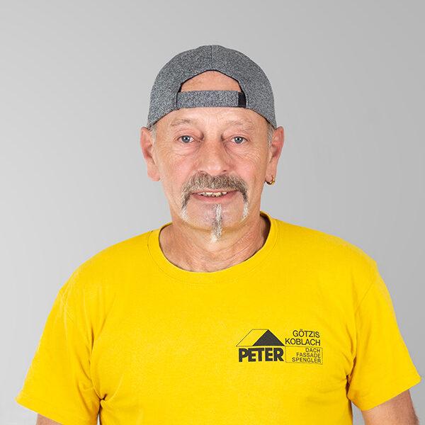 Harald Stampfl, Vorarbeiter, Peter Dach Team Vorarlberg, Götzis, Fassade, Spenglerei, Dachdecker, Dachfenster, Rheintal