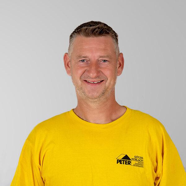 Marko Pukowski, Vorarbeiter, Peter Dach Team Vorarlberg, Götzis, Fassade, Spenglerei, Dachdecker, Dachfenster, Rheintal
