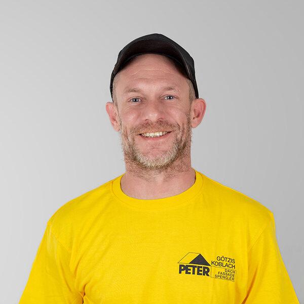 Norbert Denz, Vorarbeiter, Peter Dach Team Vorarlberg, Götzis, Fassade, Spenglerei, Dachdecker, Dachfenster, Rheintal